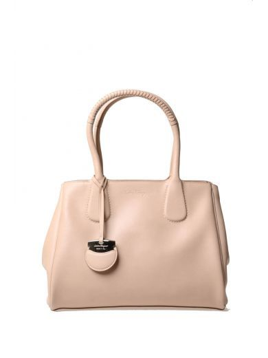 SALVATORE FERRAGAMO Salvatore Ferragamo Smooth Leather Bag. #salvatoreferragamo #bags #leather #hand bags #lining #