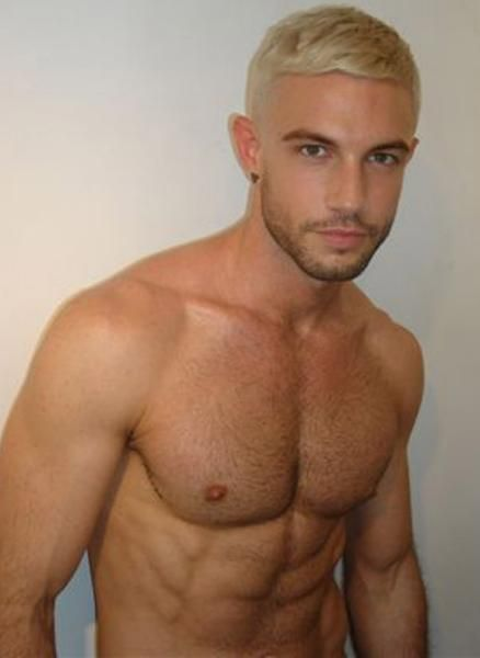 Models, Photos and Simple on Pinterest