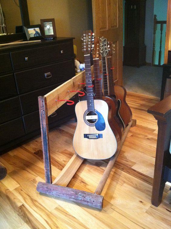 Diy Guitar Stand Oldbarnwood Diy And Good Ideas