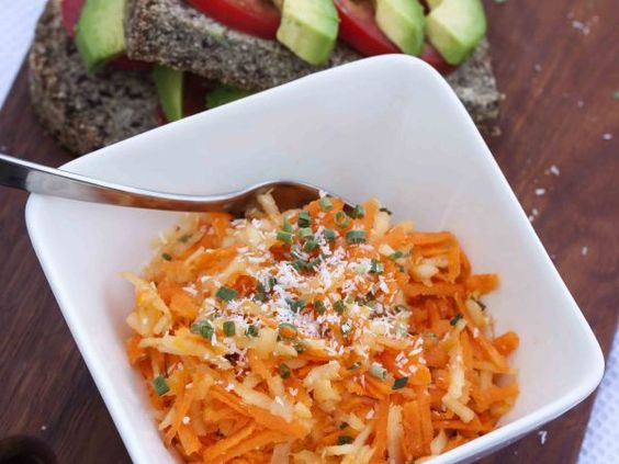Carrot, apple and coconut side salad, Recipe by Karenluvslife - Petitchef