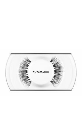 Mac makeup 48 lash is so whispy!