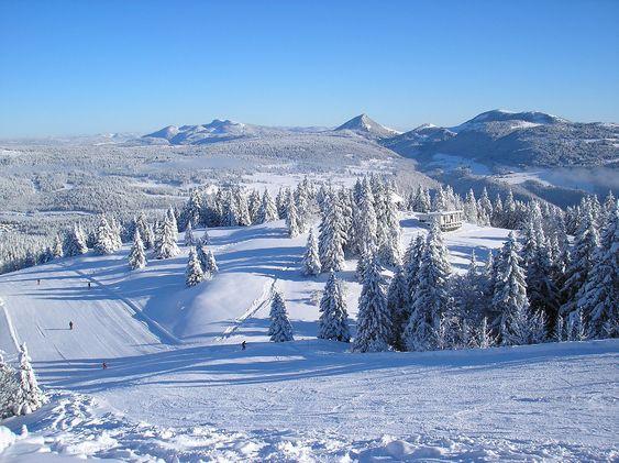 Top 10 des plus belles stations de ski du Massif Central, des Vosges et du Jura - Vacances Vues du Blog