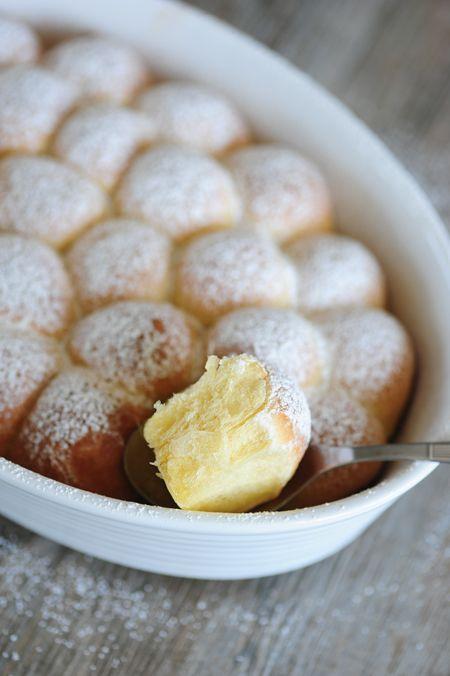 Dukatove buchticky- very popular Czech dessert/meal, it is served with vanilla sauce......uhhhhhhmmmm... yum
