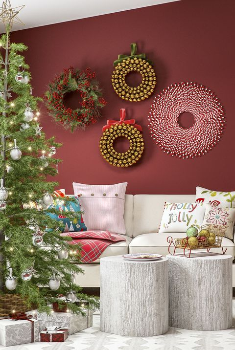 This Online Decorating Service Is Solving All Our December Design Woes Easy Christmas Crafts Gold Christmas Tree Decorations Red And Gold Christmas Tree