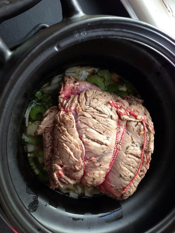 Roast Beef Joint With Garlic & Thyme