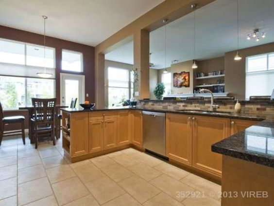 Newcastle Model 1424 Saturna Dr