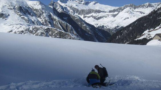 Lawinenkurs der Mammut Alpine School | aufundab.eu