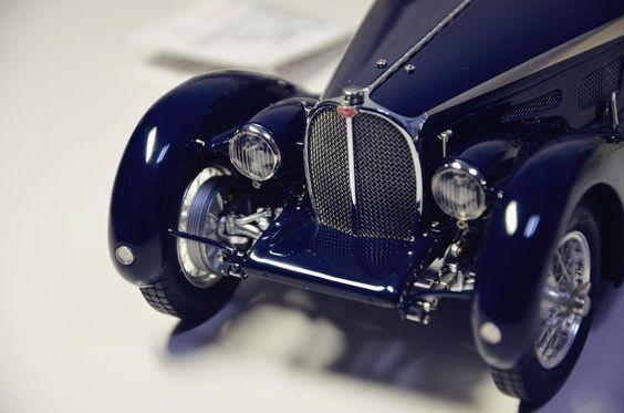 Bugatti 57 SC Corsica Roadster 1938. #bugatti #bugatti57 #bugatti57s #bugatti57c  #bugatti57catlantic  #bugattiveyron #bugattichiron #model #carmodel #cmc by skylineccc