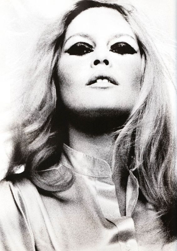 ♪ 1968