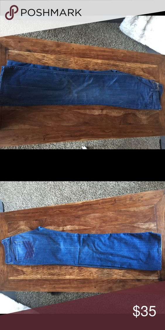 7 for all Mankind High Waisted Bootcut Jeans High Waisted Bootcut 7 jeans. Great condition. No fraying on bottom leg hem. 7 for all Mankind Jeans Boot Cut