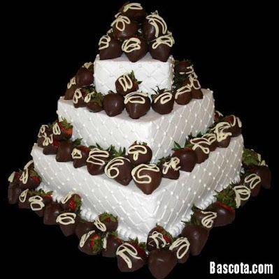 صور تورته 2018 احلي تورته عيد ميلاد بالصور Chocolate Covered Fruit Strawberry Cakes Strawberry Wedding Cakes