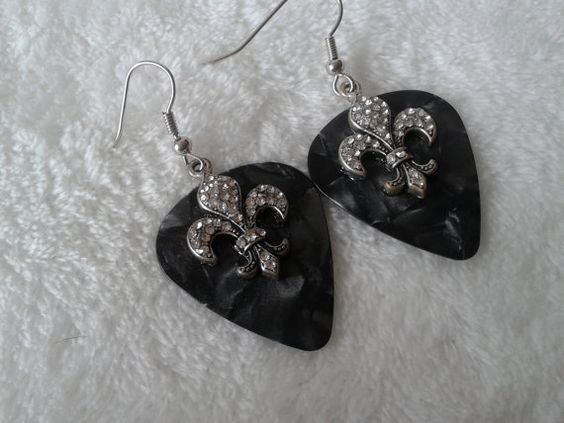 Fleur de lis black guitar pick  dangle earrings by simplyproducts