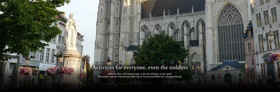 Das Hotel in der Stadt Mechelen, Belgien ist in einer fast 150 Jahre alten Kirche untergebracht.