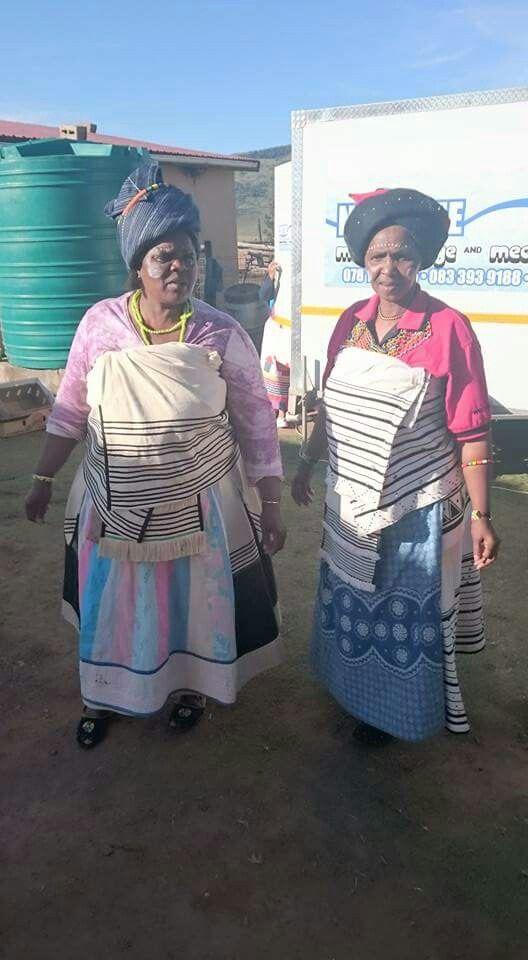 Xhosa Makoti Outfit - 63.8KB