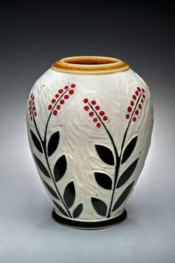 19 Classy Ceramic Vases Galleries Ideas Pottery Painting Designs Pottery Painting Pottery Art