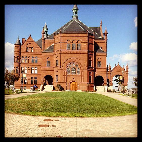 Crouse College, Syracuse University  Photo by @Adam M DJ Brett 