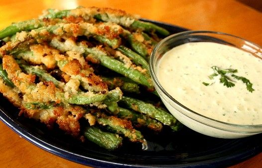 Panko Fried Green Beans with Wasabi Cucumber Ranch Dip