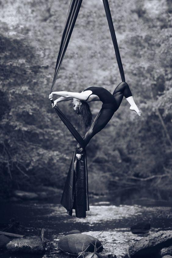 Photographer - Tatiana Shchennikova Model: Julia Vokueva For NoFloorDance…