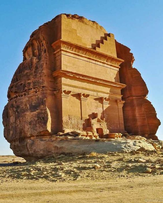 People should know about this archaeological sites that belong to ancient kingdom of the nabataeans - Imgur