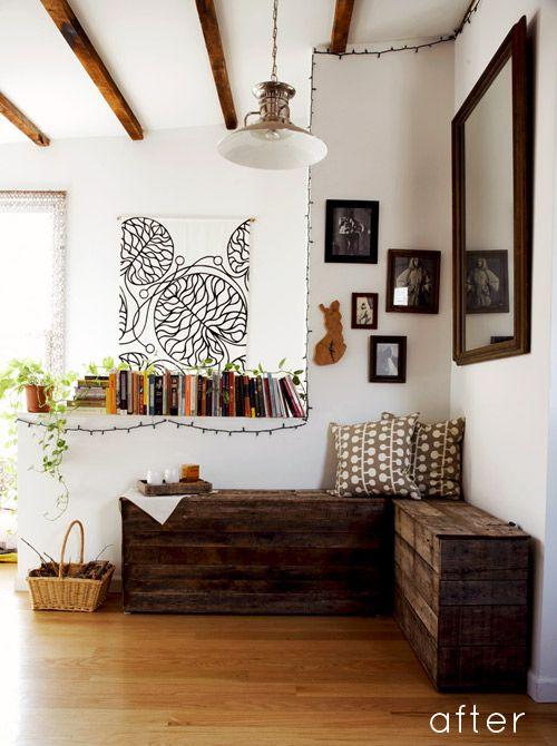 Kinda like this subtle artistic feel...: Wooden Pallet, Wood Pallet, Furniture Idea, Diy Project