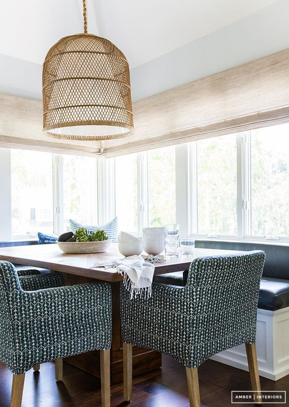 Beautiful breakfast nook / dining space