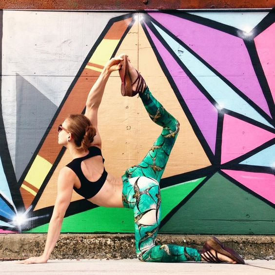 """Soren on Instagram: """"""""You are energy, and energy cannot be created or destroyed. Energy just changes form.""""  -Rhonda Byrne  #AustralianArtist Roza of @shovava prints her stunningly detailed hand drawn paintings on super soft organic cotton to make these incredible #yogaleggings seriously detailed and unique!  #tigerpose #streetartistry"""""""