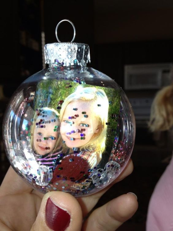 Clear plastic ornament purchased from michael 39 s i rolled for Clear plastic craft ornaments michaels