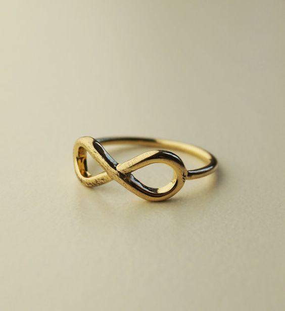 Sieh dir dieses Produkt an in meinem Etsy-Shop https://www.etsy.com/de/listing/463136528/minimalistischer-schmuck-ring-gold