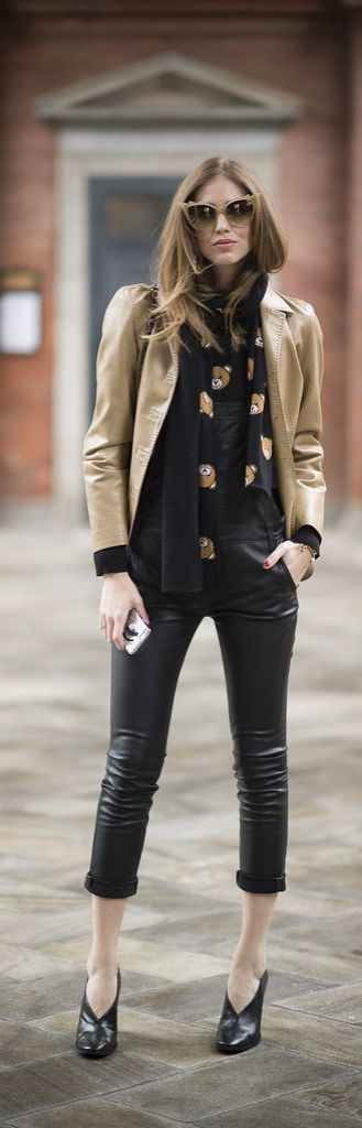 Milan Fashion Week street style: Chiara Ferragni in leather pants and a Moschino scarf