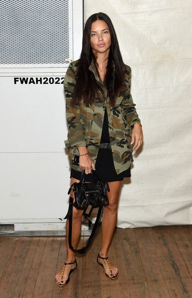 Adriana Lima Photos - Marc Jacobs - Backstage - Mercedes-Benz Fashion Week Spring 2015 - Zimbio september 2014