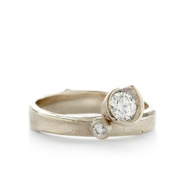 """Gouden ring met diamanten   Wim Meeussen """"W1397"""""""