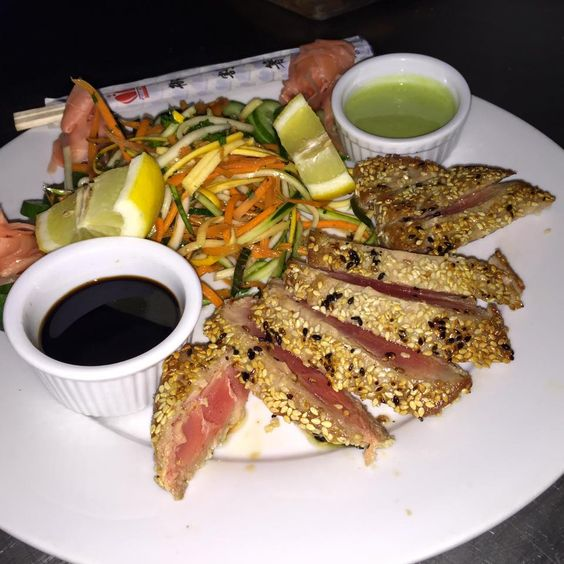 Seared Ahi Tuna made to perfection! #5LineTavern www.5linetavern.com