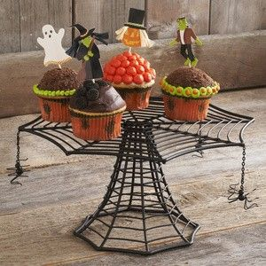 Spider Web Cake Stand