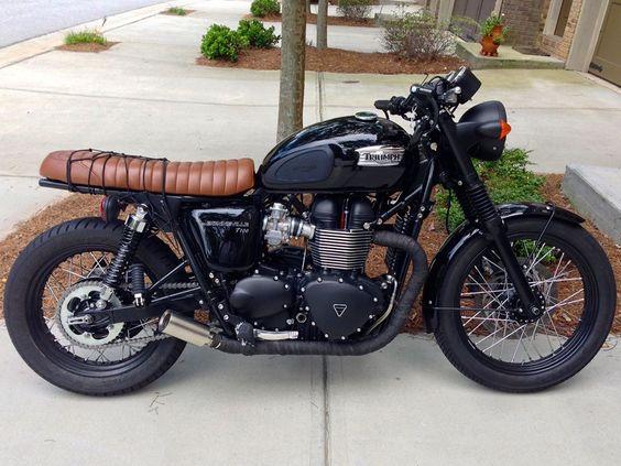 Triumph Brat Style #motorcycles #bratstyle #motos   caferacerpasion.com