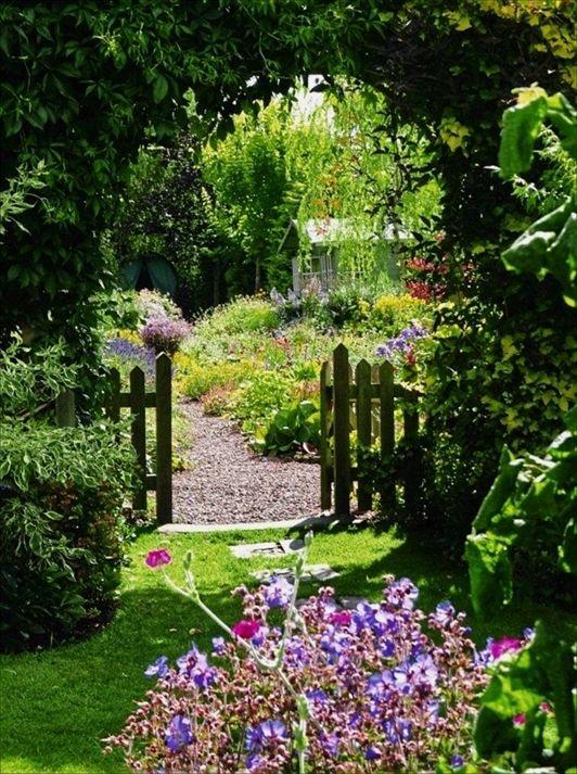 Garden Or Gardening Leave In The Uk Gardening World 2018 Download Free Home Garden Design Videos How To Cottage Garden Plants Dream Garden Cottage Garden