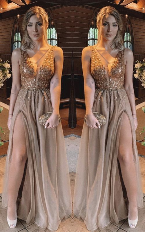 3 Vestidos Largos Con La Pierna Descubierta Que Nos Conseguirán La Atención De Los Ca Vestidos De Gala Elegantes Vestidos De Fiesta Xl Vestidos De Noche Largos