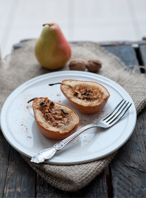 Baked Pears with Walnuts and Honey