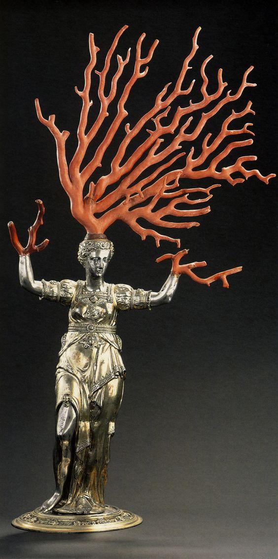 Jamnitzer,Wenzel.Daphne.1579-1586.Nuremburg.silver,gilt,coral #inlarariastudio #inspo