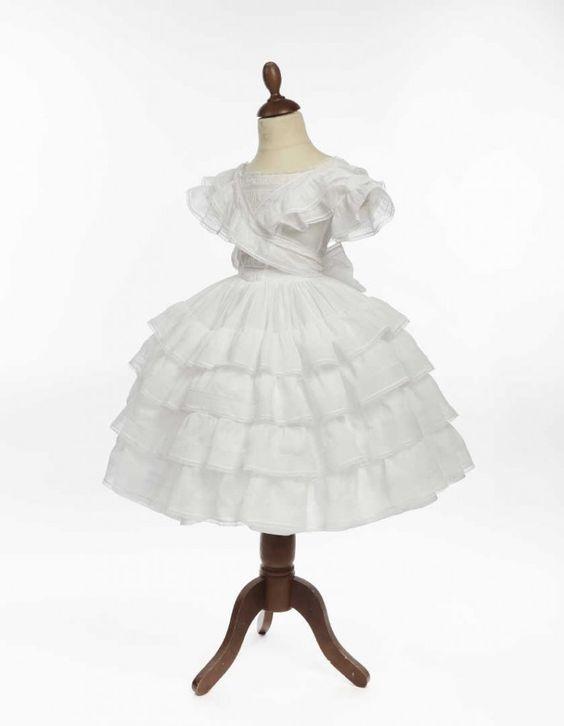 Robe de petite-fille, 1850-1855. | Daguerre