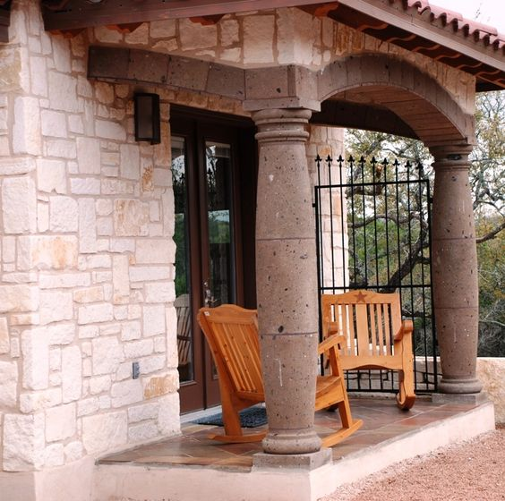 Beautiful cantera stone columns atop manganese saltillo for Cantera pillars