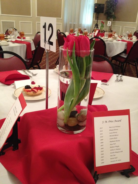 Centerpiece for student awards banquet event