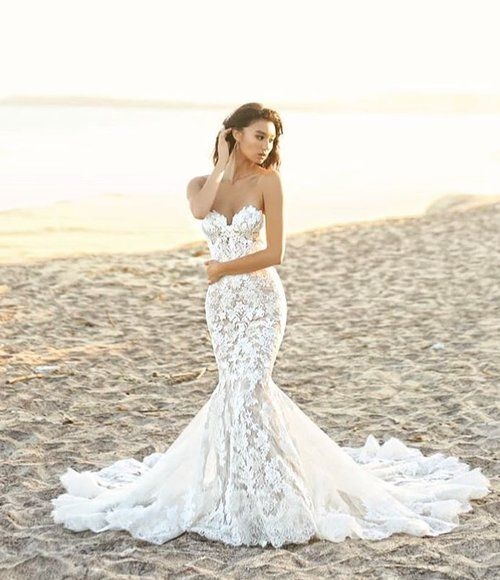 Nolen The Perfect Lacy Mermaid Gown This Full Length Dress Gorgeously Fus Wedding Dresses Mermaid Sweetheart Mermaid Wedding Dress Lace Mermaid Wedding Dress