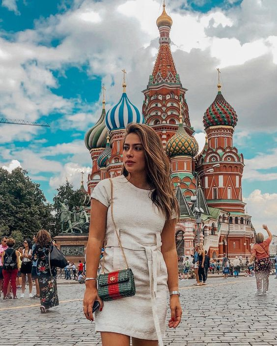 Tão incrível a Rússia.. #moscow #worldcup2018 #russia - dress: @us2brand