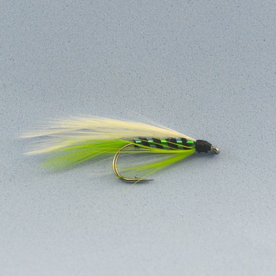 $40.93 (Buy here: http://appdeal.ru/4jbl ) 100PCS 7# Green Salmon Fly Fishing Flies Wholesale for just $40.93