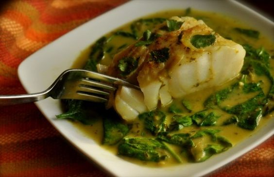 Baked cod with spinach in a coconut curry sauce i 39 d use for Sauce for cod fish