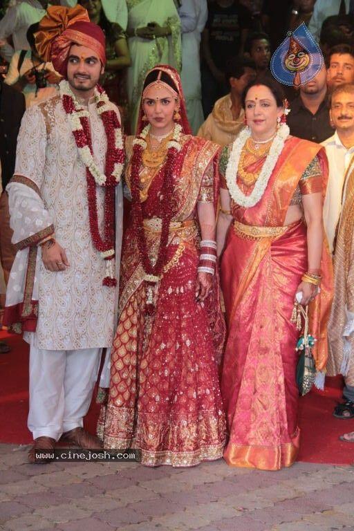 Bharat Takhtani, Esha Deol & Hema Malini