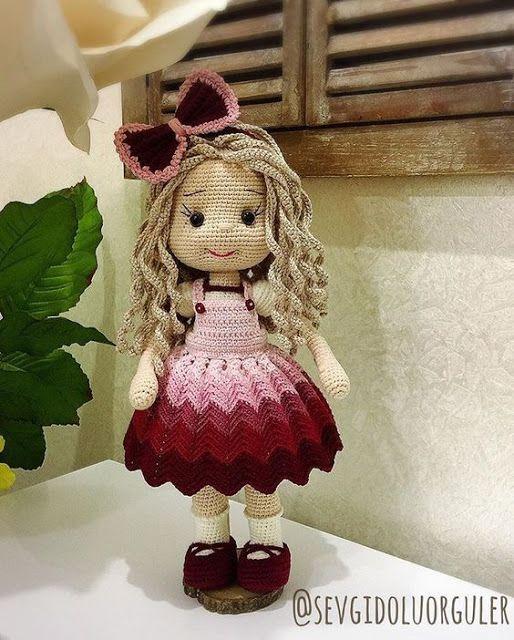 Amigurumi Doll Zühre Free Crochet Pattern em 2020   Bonecas de ...   640x514