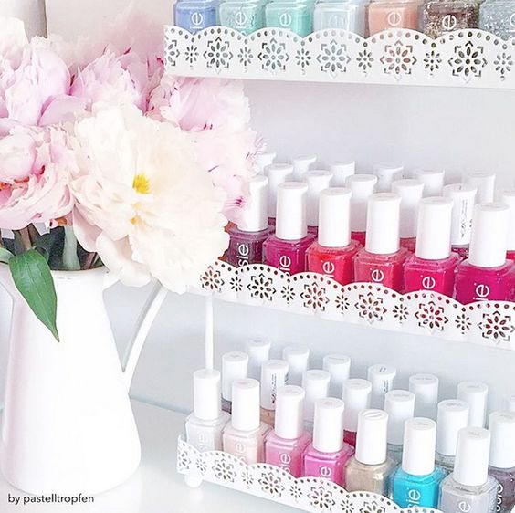 Flowers and essie - a match made in heaven. Pick your favorite essie shade for a perfectly polished mani.: