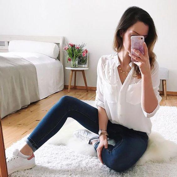 12 hermosos outfits básicos con jeans que querrás copiarle a esta instagramer de moda  #outfits  The post 12 hermosos outfits básicos con jeans que querrás copiarle a esta instagramer  appeared first on outfits.thetrends.club.