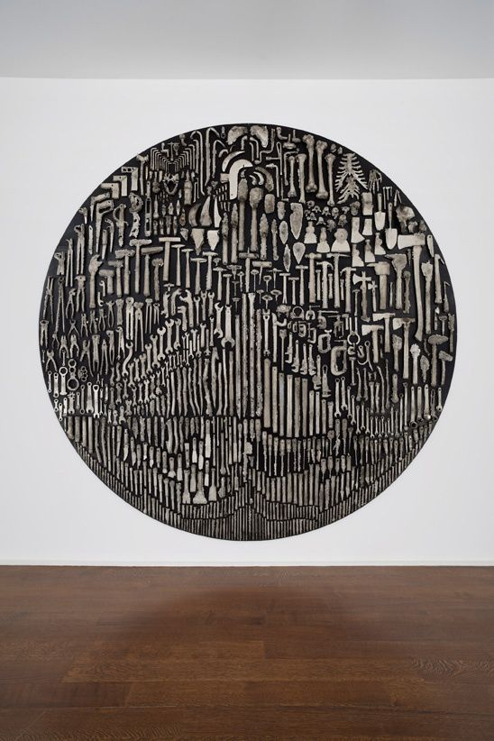 History — Nick van Woert, 2012White bronze and steel304 cm diameter x 7.6 cm depth120 inch diameter x 3 in depth